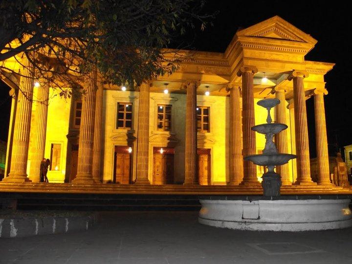 teatro-municipal-quetzaltenango-guatemala