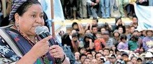 Rigoberta Menchu al pueblo de Totonicapan