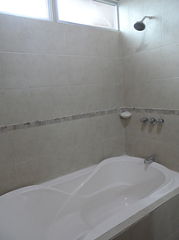 rsz_1rsz_apartment-10-rent-quetzaltenango-tub