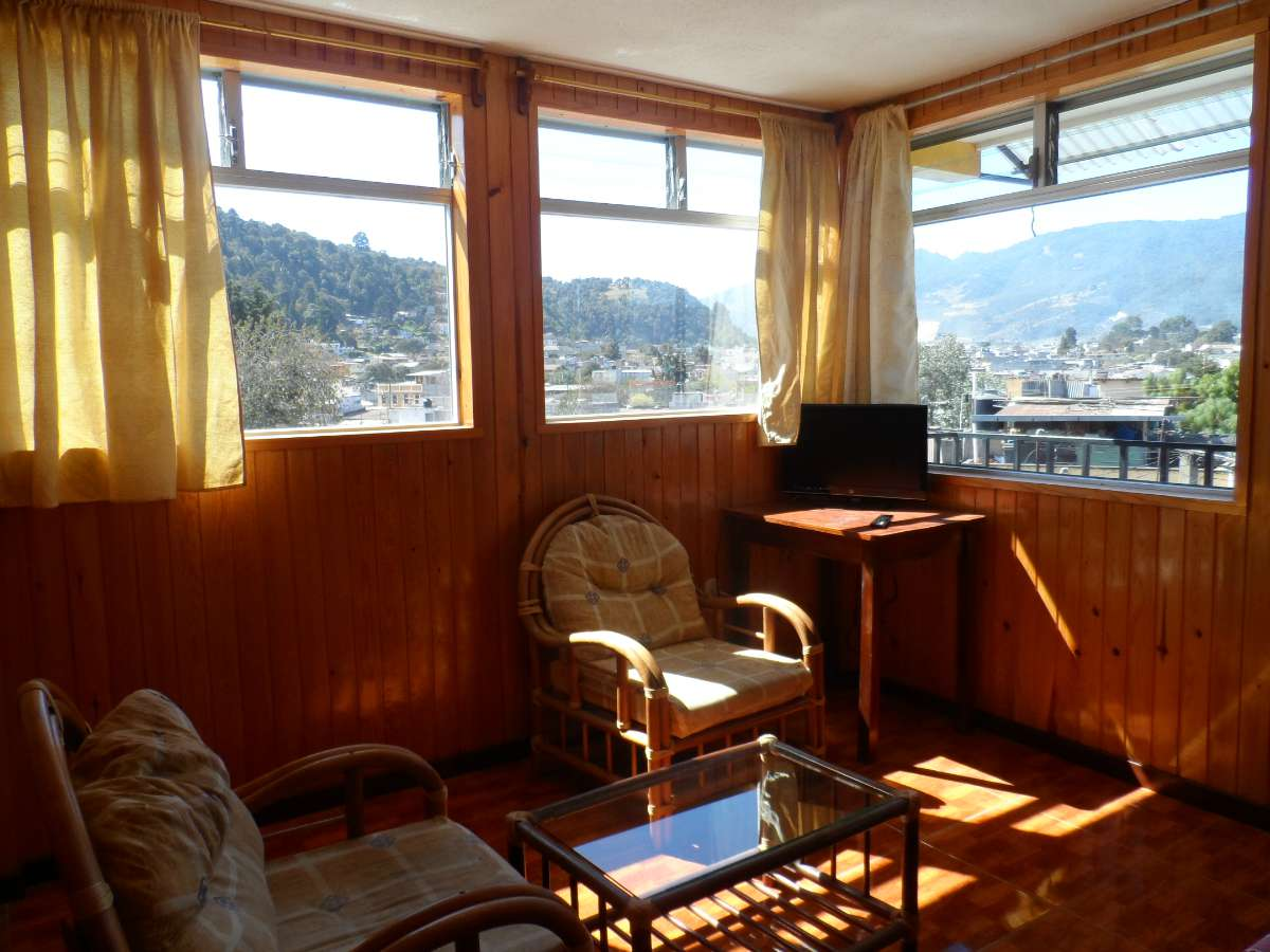 3A-living-room-rent-apartment-quetzaltenango