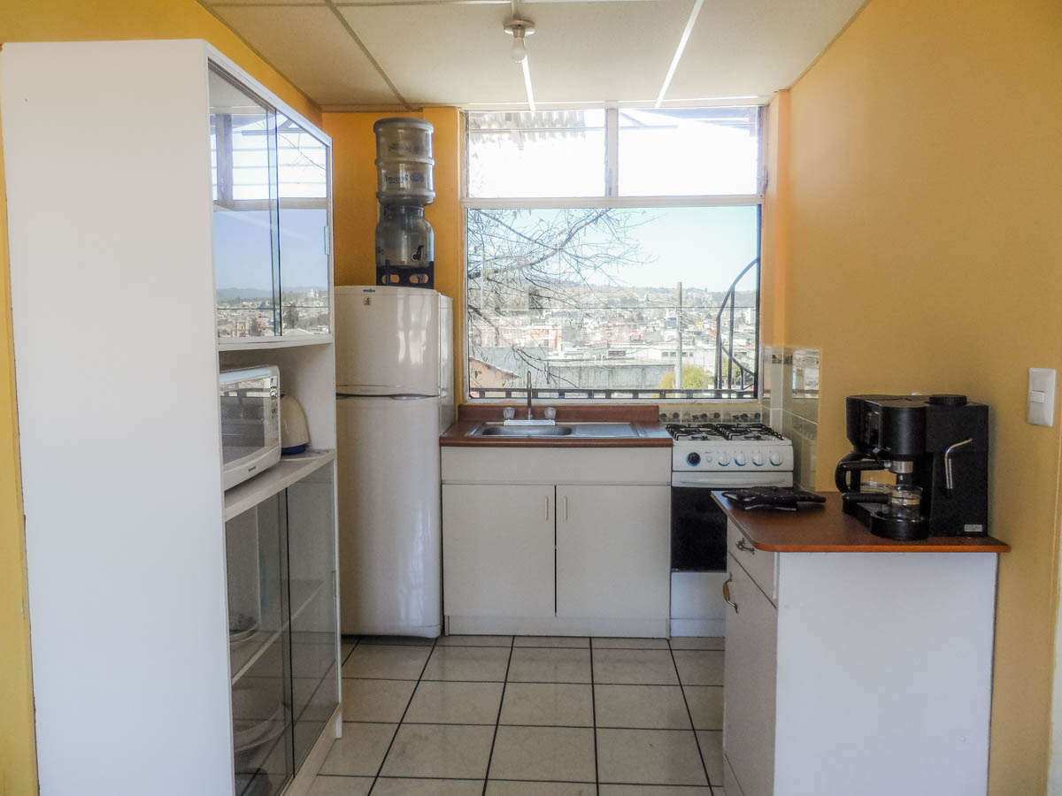 Kitchen-apartment-2-quetzaltenango-vacations