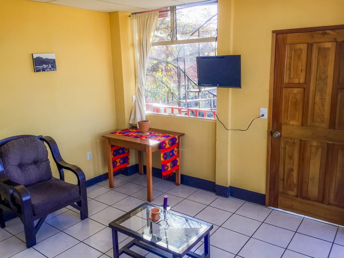 apartment-2-living-room-rent-quetzaltenango1