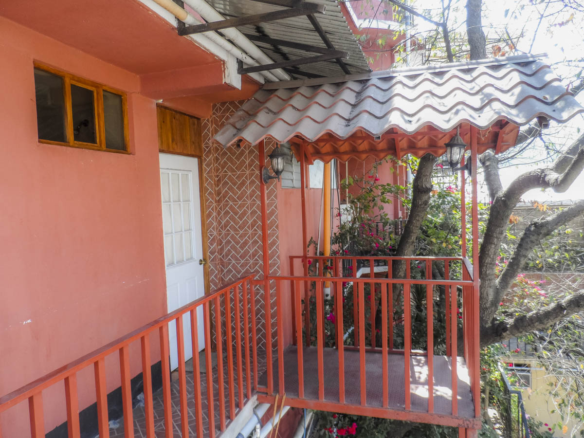 balcony-rent-apartment-quetzaltenango
