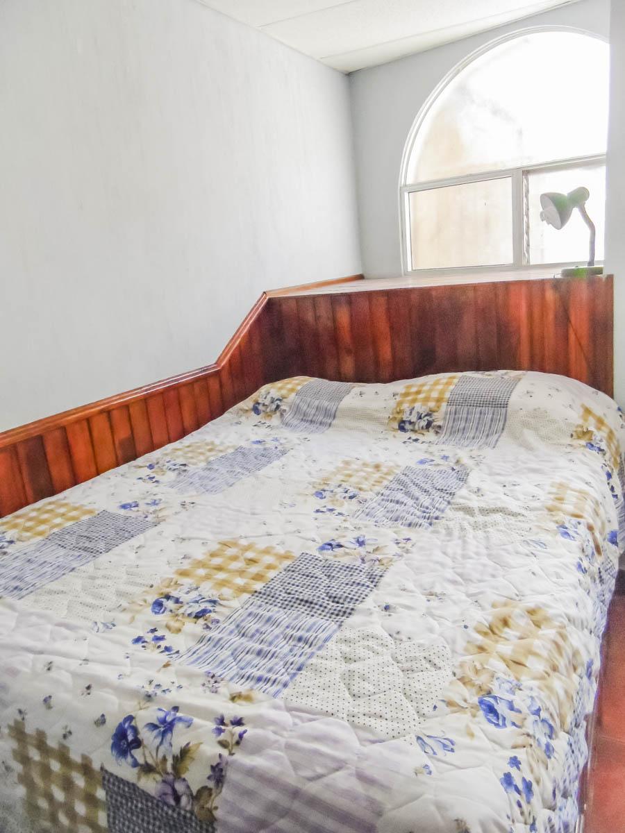bedroom-a-rent-house-quetzaltenango