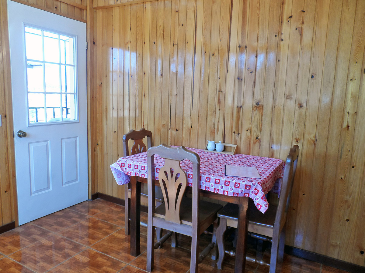 dining-room-rent-apartment-quetzaltenango-xela