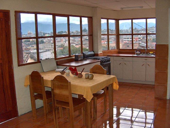 kitchen-apartment-quetzaltenango2