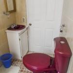 studio-rent-quetzaltenango-bathroom