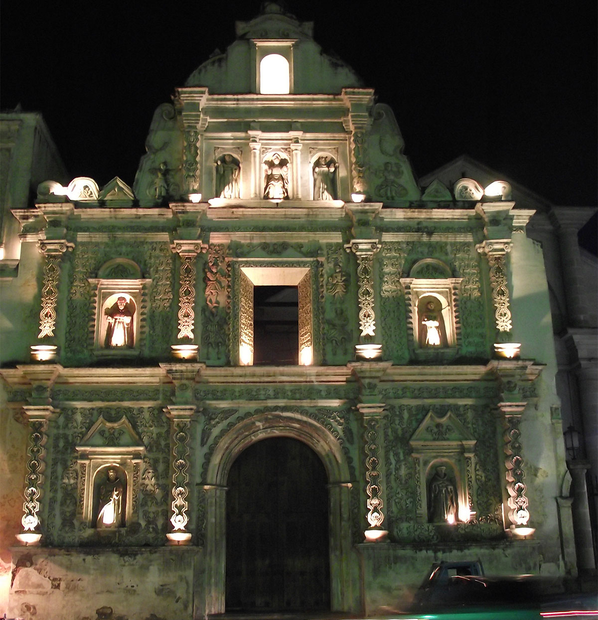 catedral_parque_central_quetzaltenango_guatemala