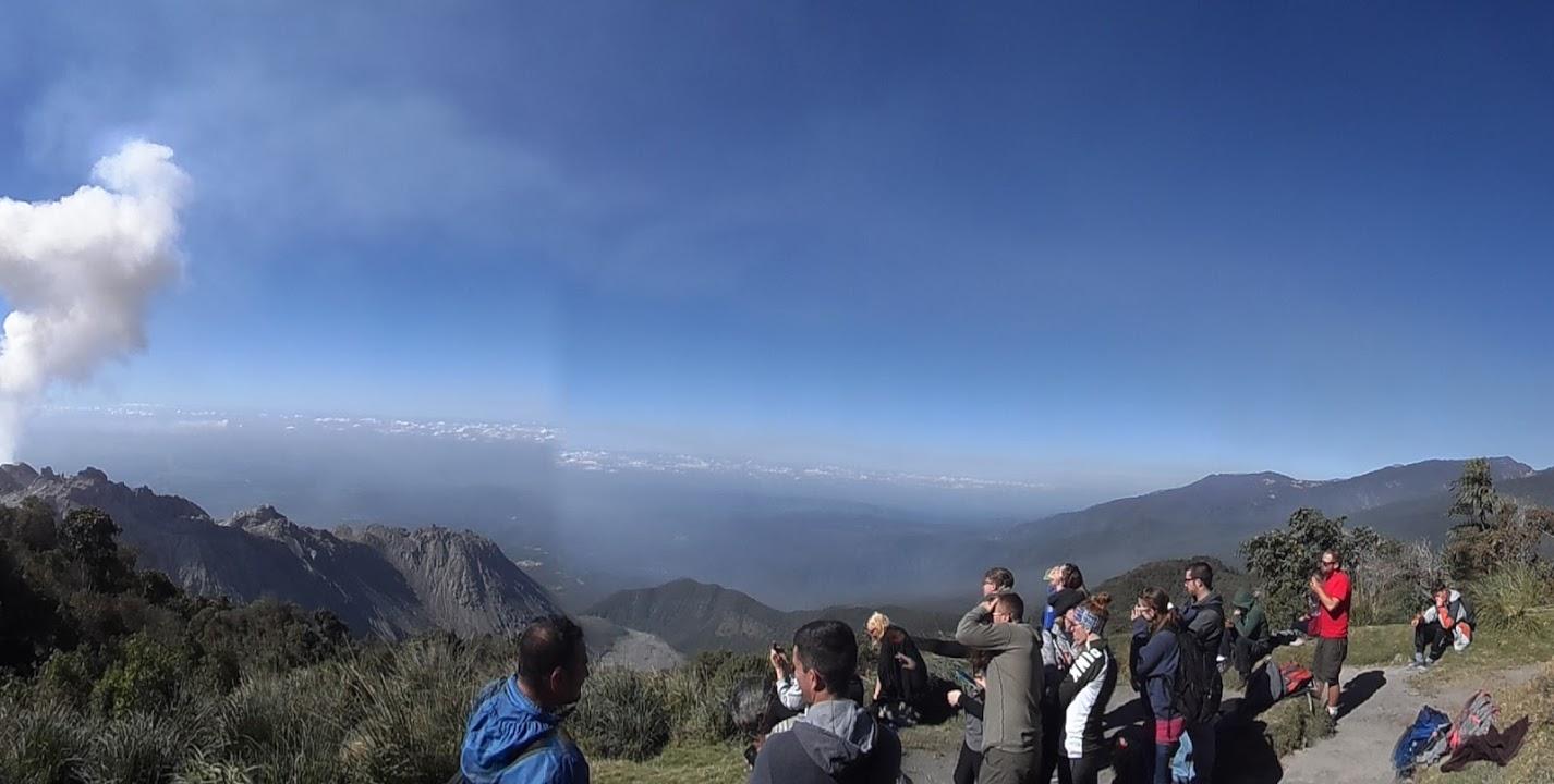 panoramic-vew-santiaguito-volcan-guatemala