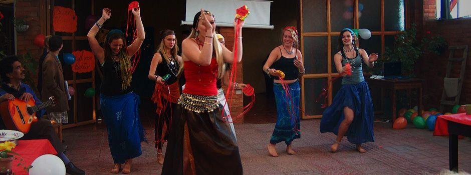 Bailando Vanushka, la diosa del amor.